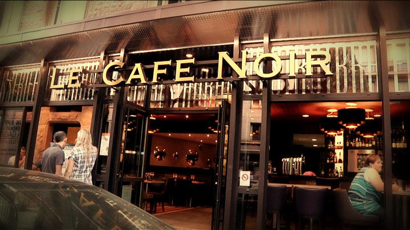 Le caf noir ch teau d 39 or et de gueules - Le cafe des bains rennes ...